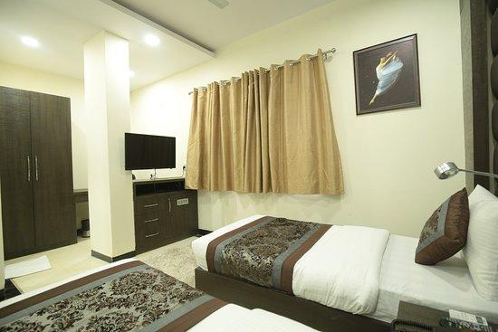 Interior - Picture of Hotel Red Castle, New Delhi - Tripadvisor
