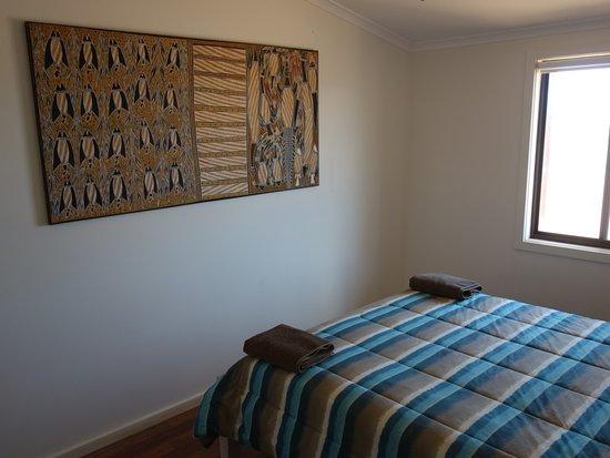 William Creek Hotel: camel house bedroom2