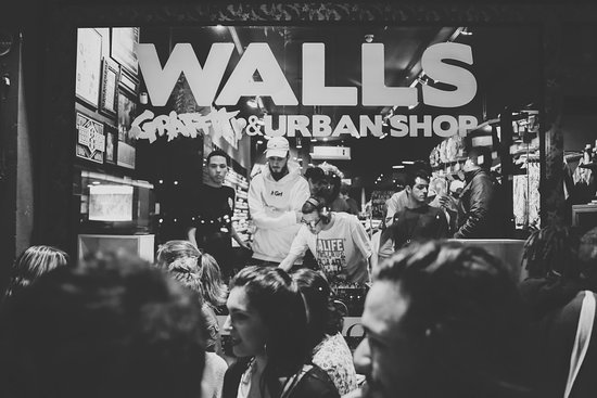 WALLS General Store: Lifestyle
