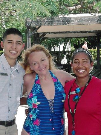 Panama: Personal del hotel Westin; Mabellyn la guarda vidas y Kenneth del servicio de piscinas.