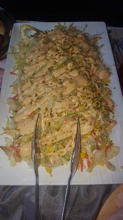 La nostra insalata di pollo in salsa cocktail