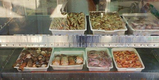 Um dos boxes de pescados.