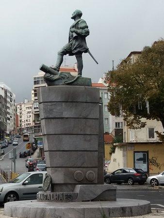 Estátua de Fernão de Magalhães