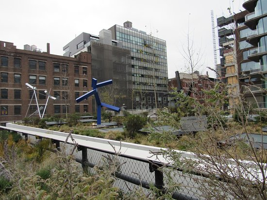 The High Line: Some quirky features along the way