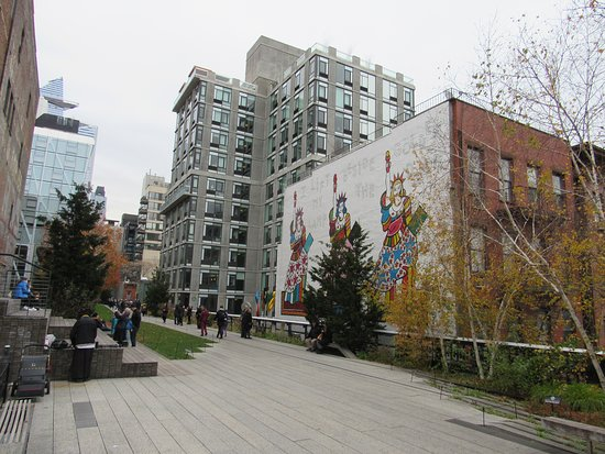 The High Line: So much to see and a lovely seating or performance area too.
