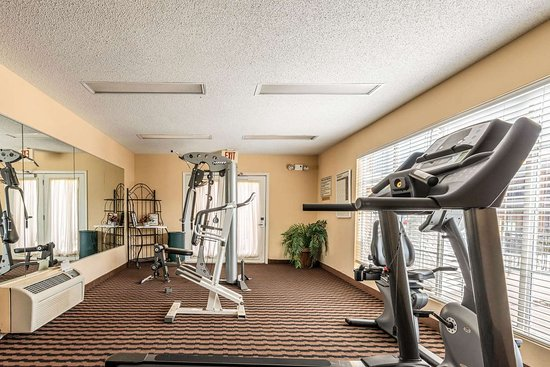 Quality Inn Decatur River City: Fitness center