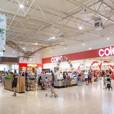 Humpty doo shopping center