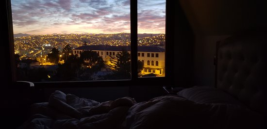 I was not able to resist not to wake before sunrise with such a fantastic view and did the same the second morning :)