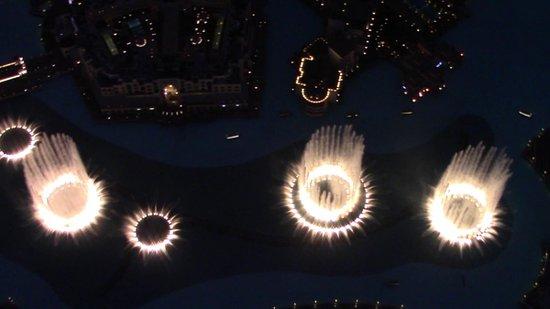 Burj Khalifa: emozionante salita sulle nuvole