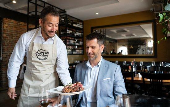 Bistecca e Vino Da Trattoria de la Plaza I Centro Internacional: El plato de la casa!