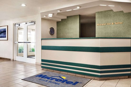 Microtel Inn & Suites by Wyndham Lodi/North Stockton: Lobby