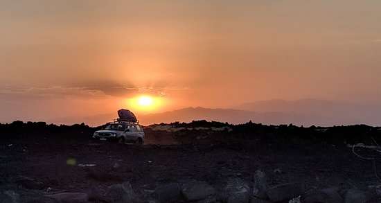 World Sun Ethiopia Travel and Tours: Sunset at Erta Ale