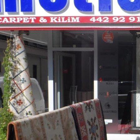Mutlu Carpet & Kilim