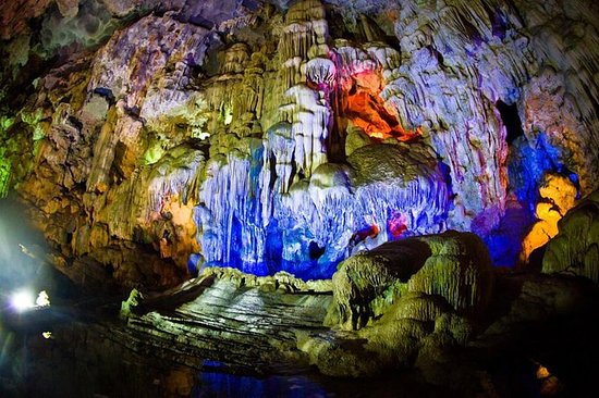 Halong Full Day Tour med Cave...