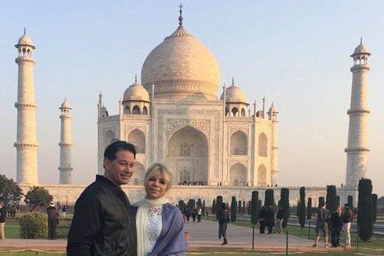Taj Mahal Tour Från Delhi Med Privatbil