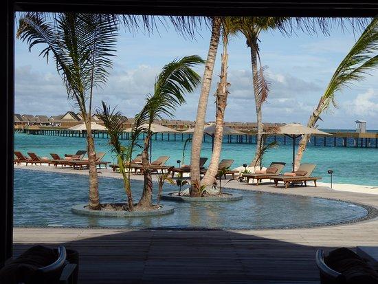 Mail resort pool