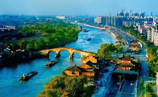 Hangzhou Cultural Day Tour med...