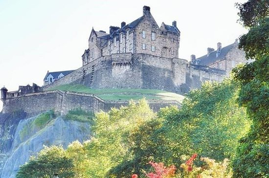 Edinburgh Castle Walking Tour...