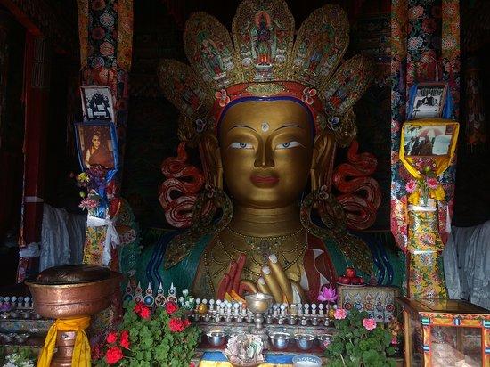 Maitrey Buddha