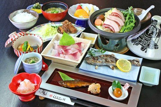 Shirasagisou: しらさぎ御膳【松】¥3,500(税別)