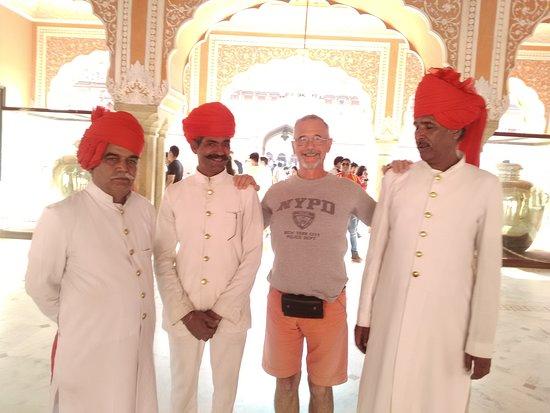 Kalka Travels: Coty Palace un Jaipur
