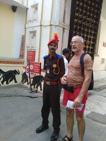 Kalka Travels: Nice uniform