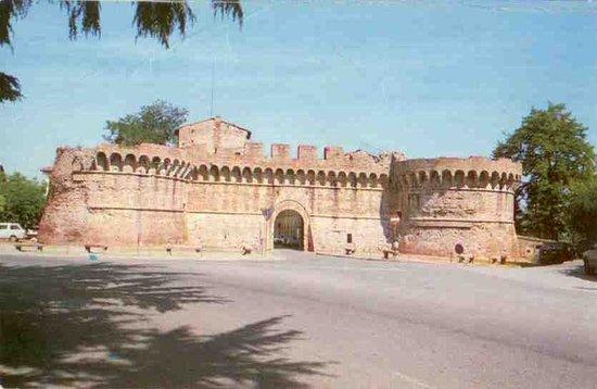 Porta Volterrana