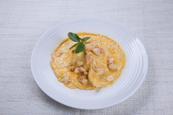 Thai-style half-cooked omelette with prawns