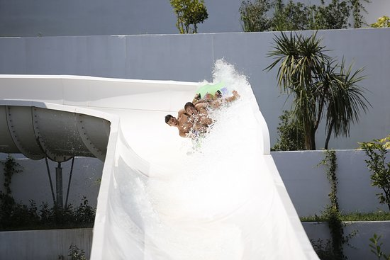"Fun for two on the exciting water slide ""Rafting"""