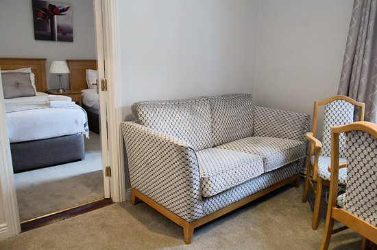 Latchfords Townhouse: Triple studio includes a double bedroom with a Twin beds and an extra bed in the living room.