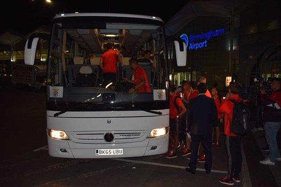 sports teams transport coach hrie