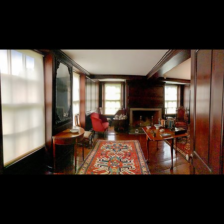 The first interior room when entering Peacefield, the home of Presidents John and John Quincy Adams in Quincy, MA (foundtrips)