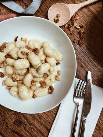 Aldente: Gnocchi gorgonzola e noci