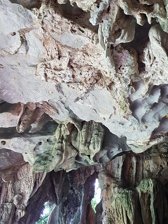 Tham Chang Cave