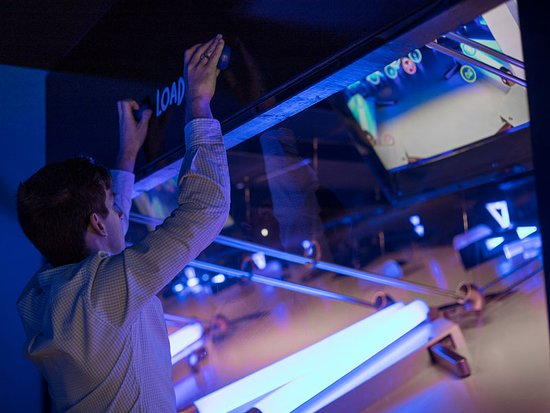 Teamtastic Goteborg: Blue Ballz is our gigantic pinball game. Have fun!