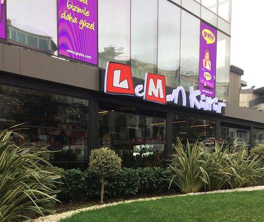 Leman Kültür Carousel AVM