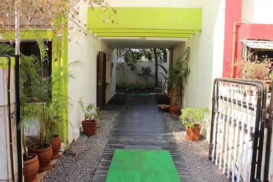Kairali Ayurvedic Centre, Mumbai