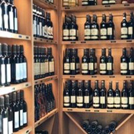 Valtice 1100: Široký sortiment vín