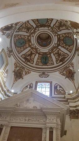 Basilica di Santa Maria di Collemaggio e Porta Santa
