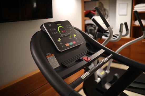 K+K Hotel George: Treadmill in the gym
