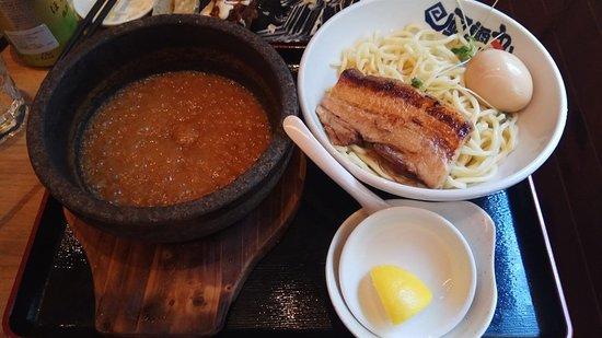 石燒濃厚豚骨魚介味玉沾麵