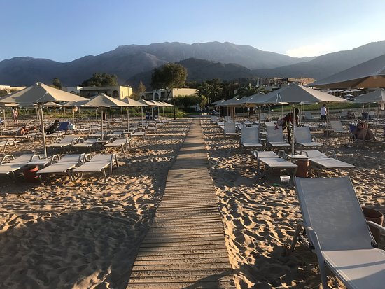 Pilot Beach Resort Bild