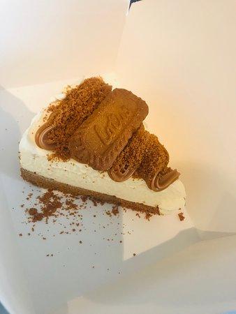 Lotus caramel cheesecake
