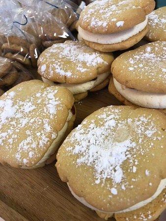 Viennese cookie sandwich
