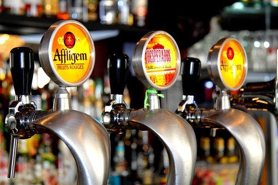 L'Endroit Carré: Sélection de bières pression