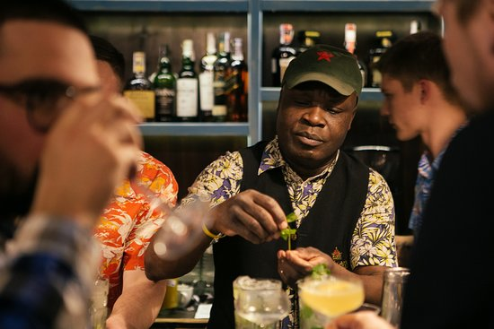 Escobar. Cuban restaurante y Escondido bar: Well-known Kyiv bartender Jean