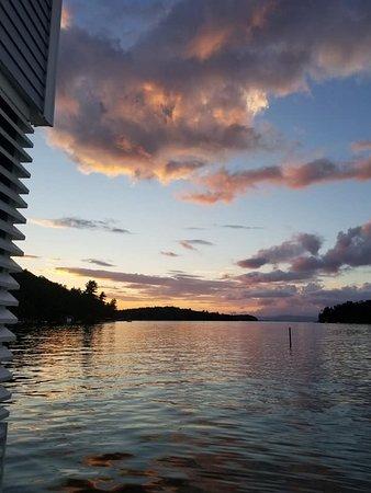 Alton Bay, NH: Best sunset on lake