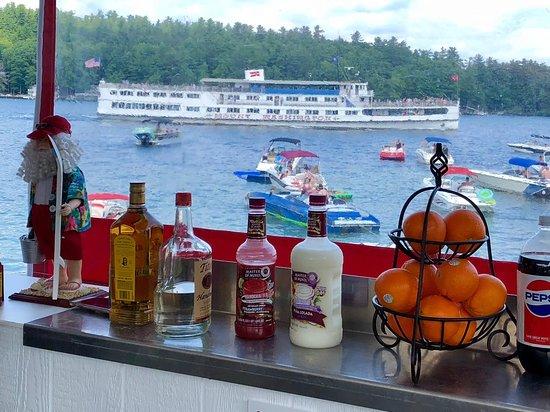 Alton Bay, NH: The famous Mount Washington drive by