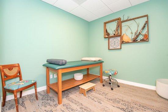 Green aventurine treatment room.