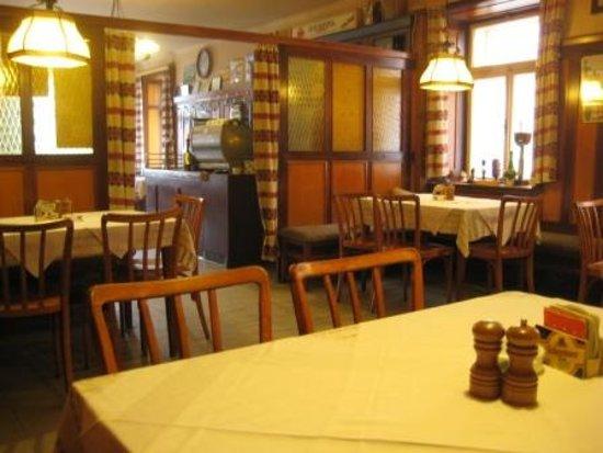 Raabs an der Thaya, Ausztria: Schöne alte Gaststube
